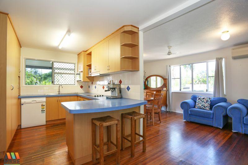 6 Searle Street, Bucasia QLD 4750, Image 2