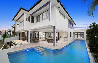Picture of 58 Royal Albert Crescent, Sovereign Islands QLD 4216