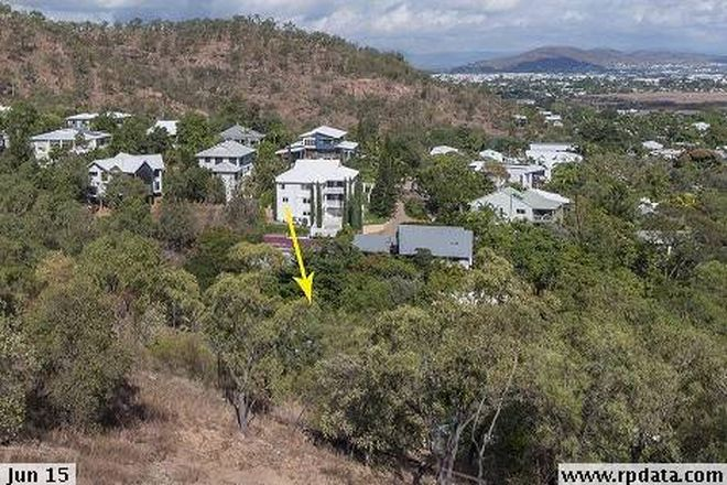 Picture of 9 Woodlands Court, CASTLE HILL QLD 4810