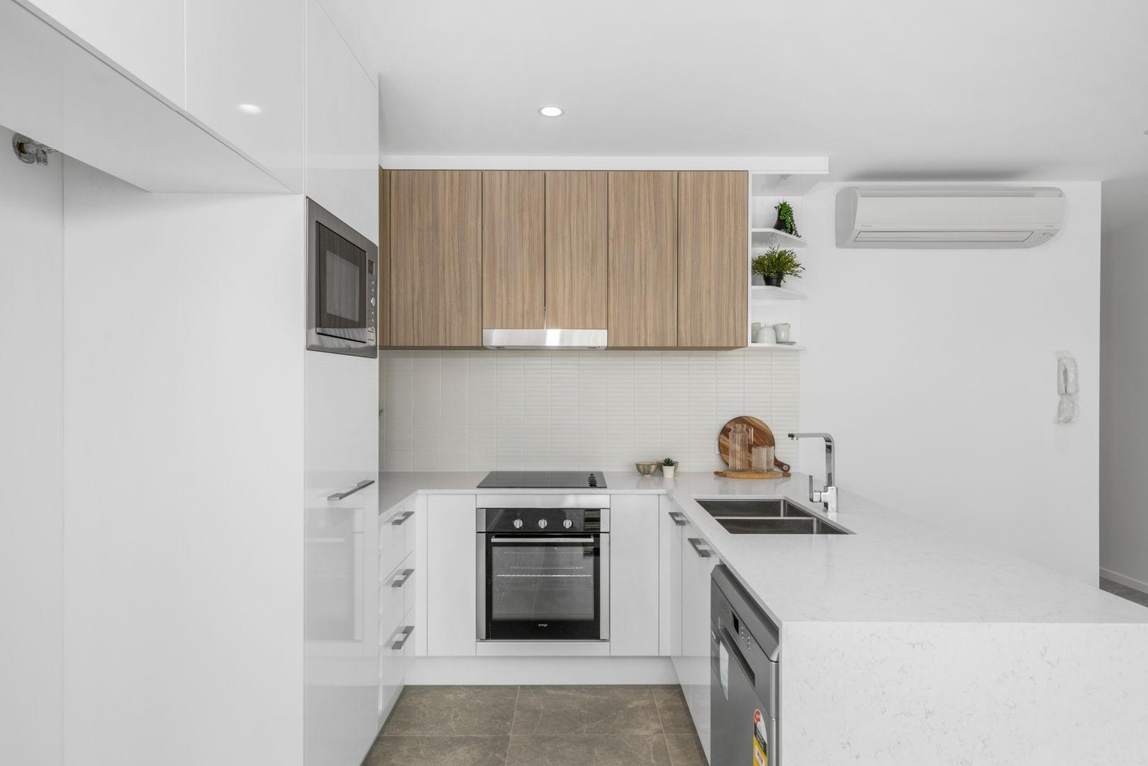 7/96 Kates Street, Morningside QLD 4170, Image 2