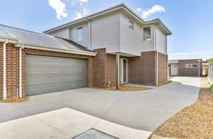 Picture of 2/24 South Road, Rosebud VIC 3939