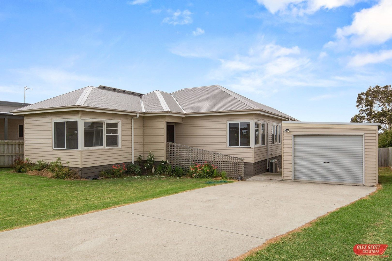 5 WALKER STREET, Dalyston VIC 3992, Image 0