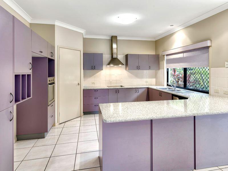 7 Montalcino Place, Bridgeman Downs QLD 4035, Image 2