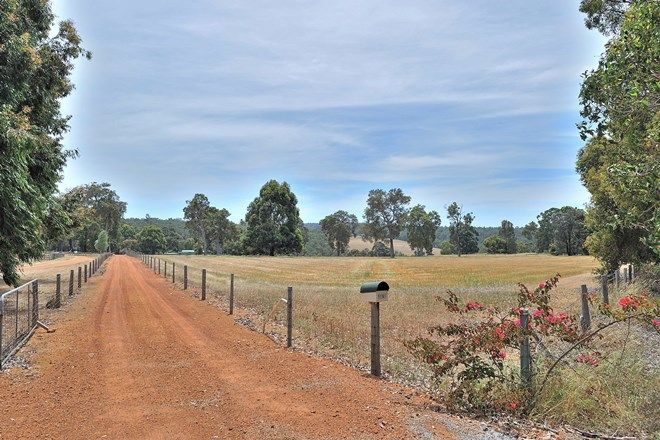Picture of GIDGEGANNUP WA 6083