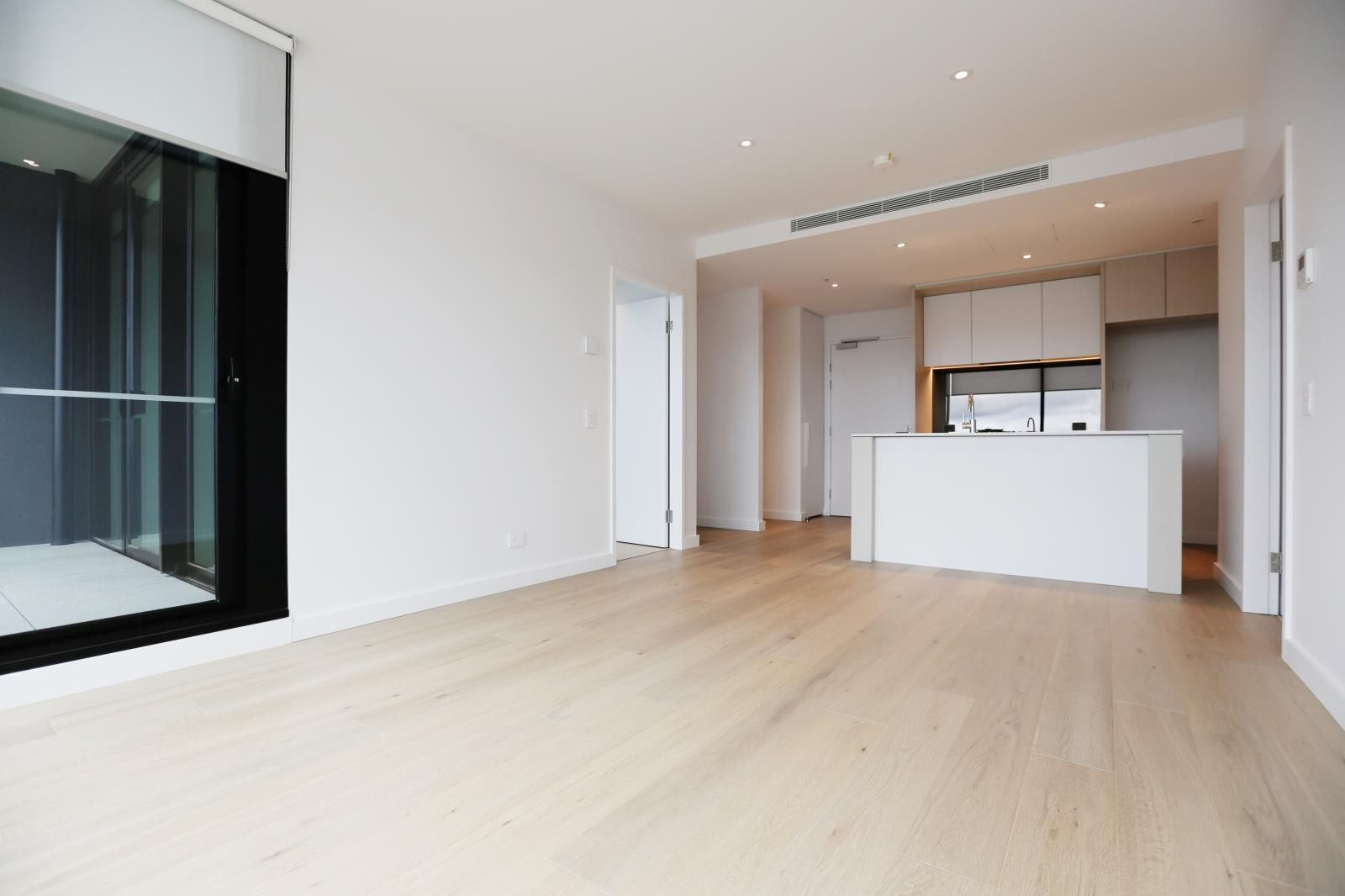 513/915 Collins Street, Docklands VIC 3008, Image 1