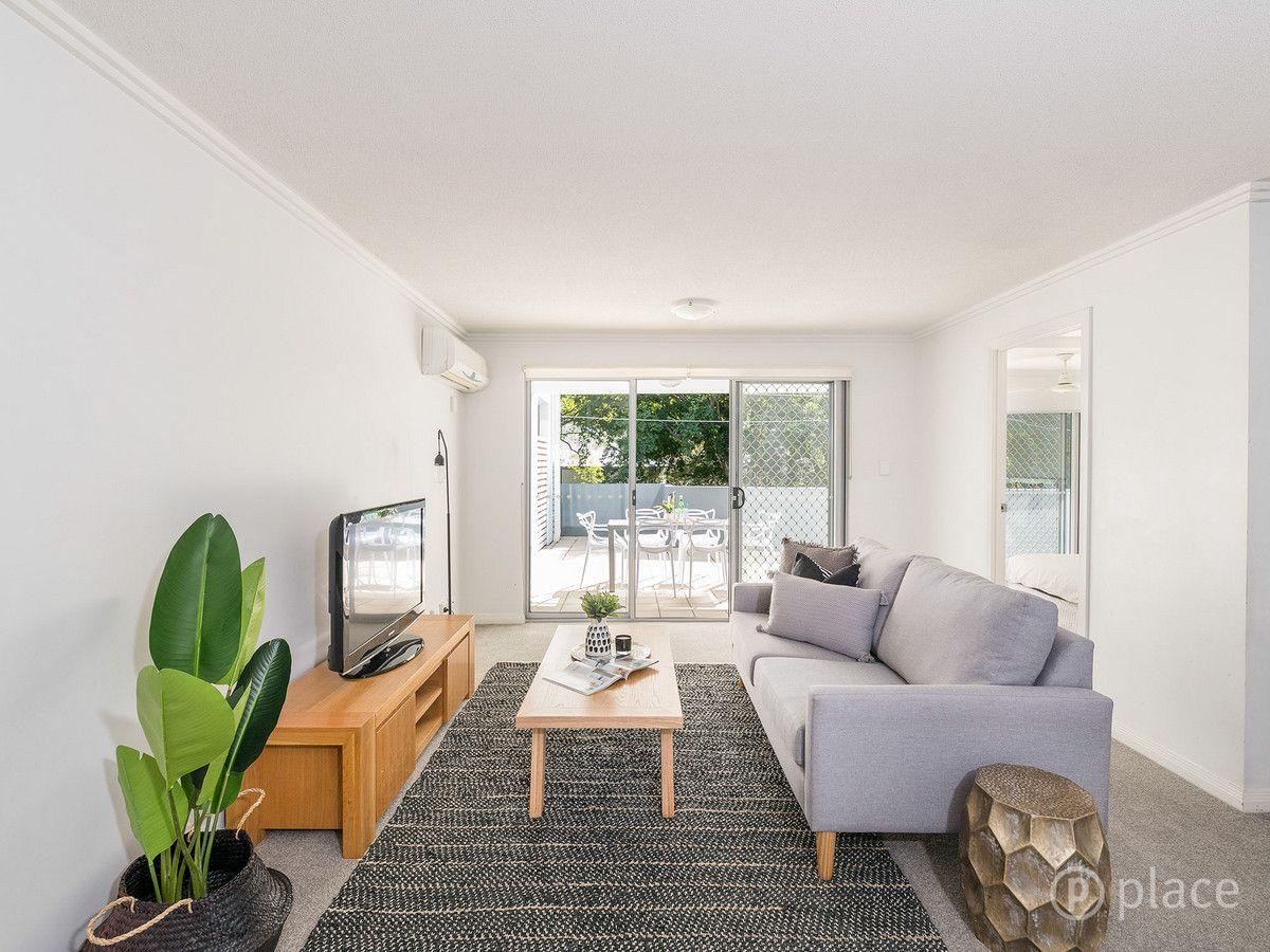 2/7 Ashgrove Avenue, Ashgrove QLD 4060, Image 2