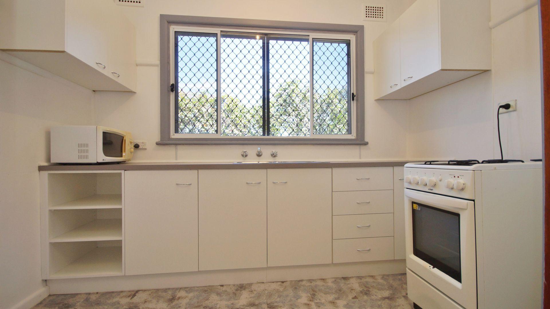 39 Pine Road, Auburn NSW 2144, Image 2