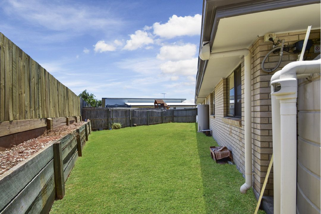 75 Willowleaf Circuit, Upper Caboolture QLD 4510, Image 2