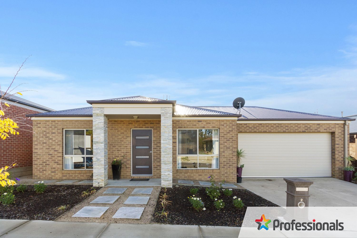 2 Maplewood Court, White Hills VIC 3550, Image 0