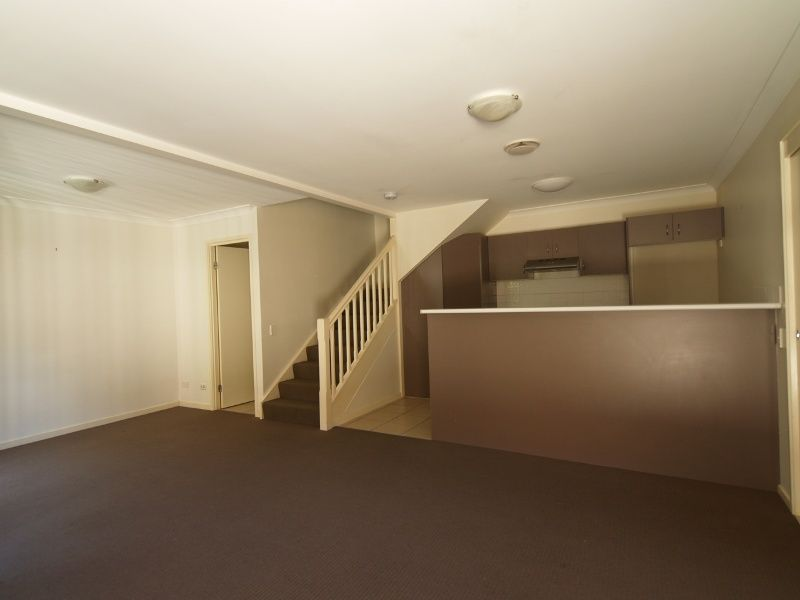 AT/54 Fleet Drive, Kippa-Ring QLD 4021, Image 1