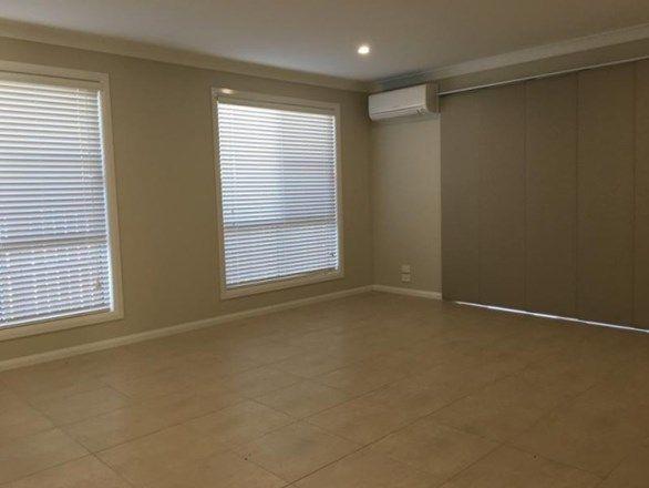 4 Greyfriars Street, Rockville QLD 4350, Image 2