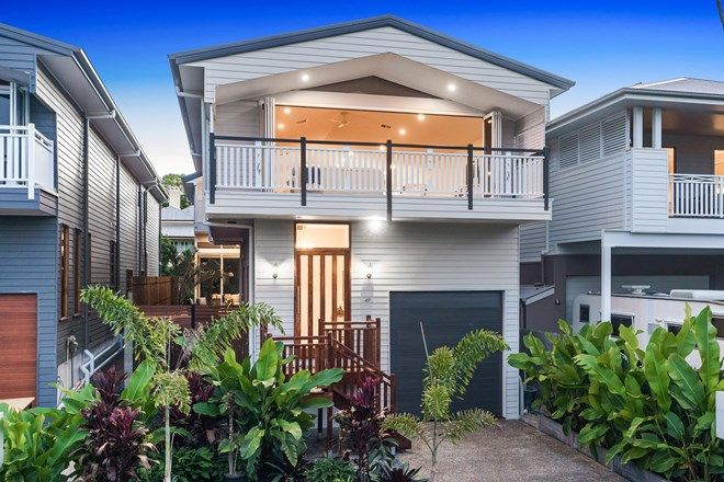 Picture of 49 Carlton  Terrace, WYNNUM QLD 4178