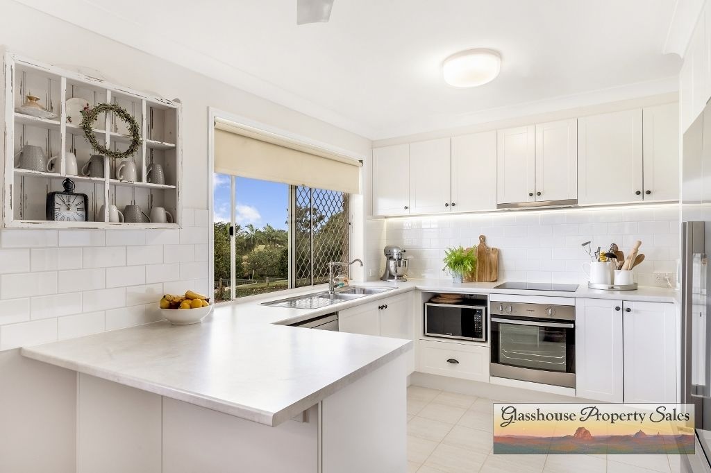 2 Jacaranda Close, Glass House Mountains QLD 4518, Image 2