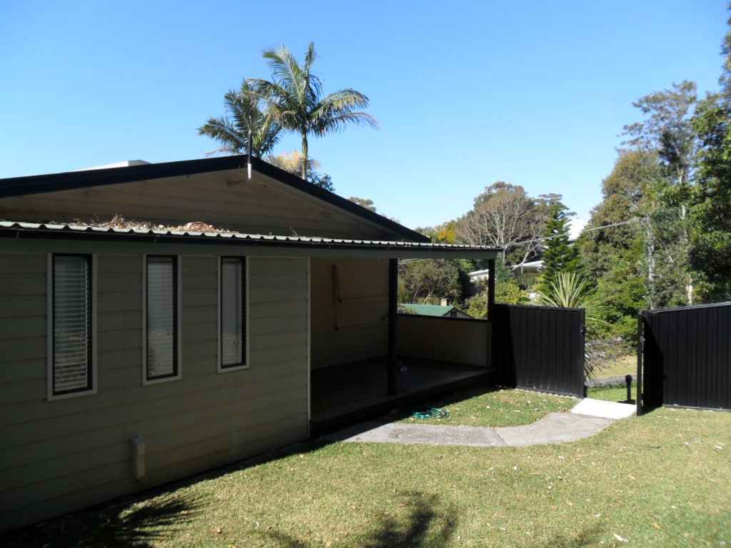 2A Robinsville Crescent, Thirroul NSW 2515, Image 0
