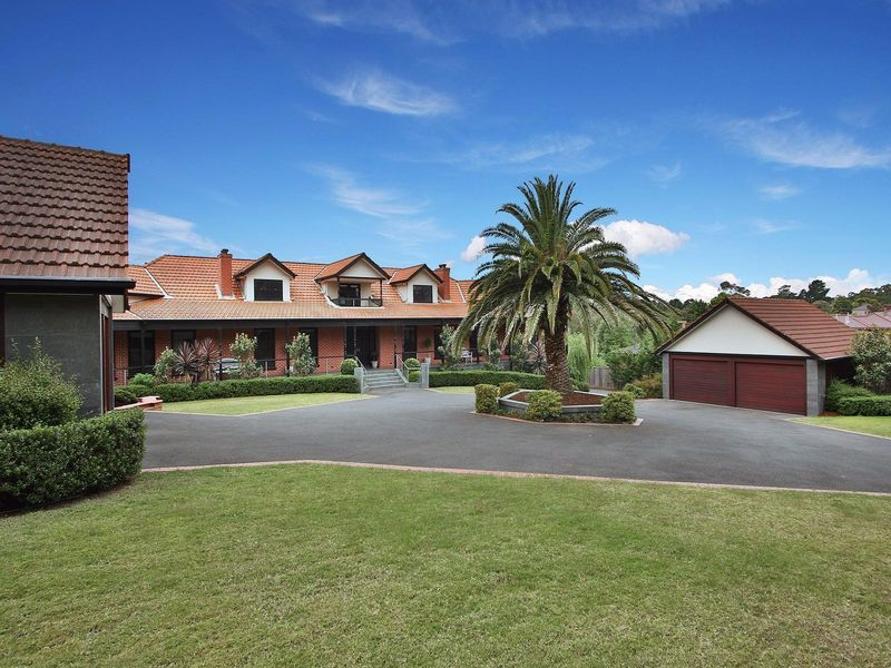 16 Williams Road, Park Orchards VIC 3114, Image 1