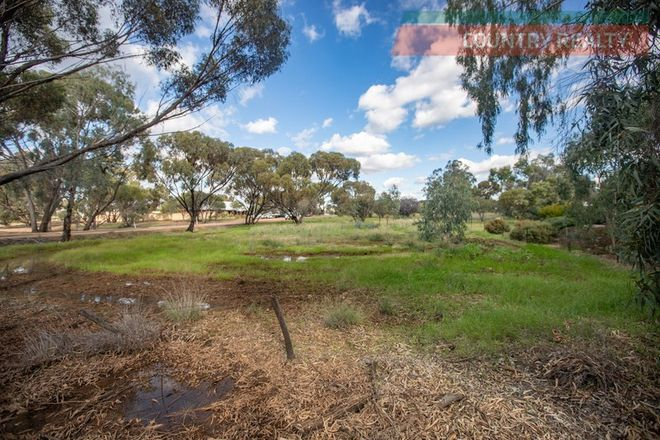 Picture of 1 Little Street, YORK WA 6302