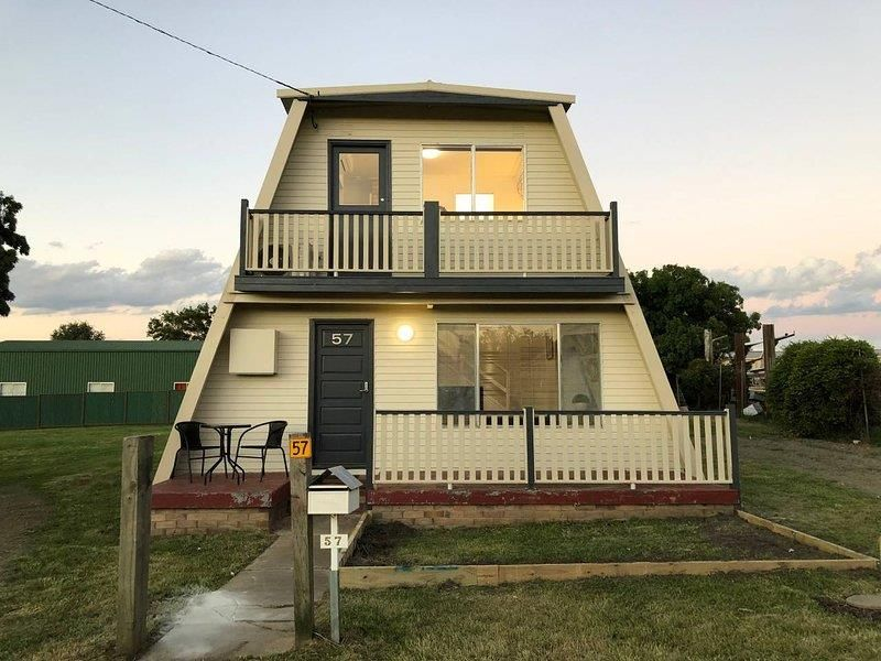 57 Rowan Avenue, Uralla NSW 2358, Image 0