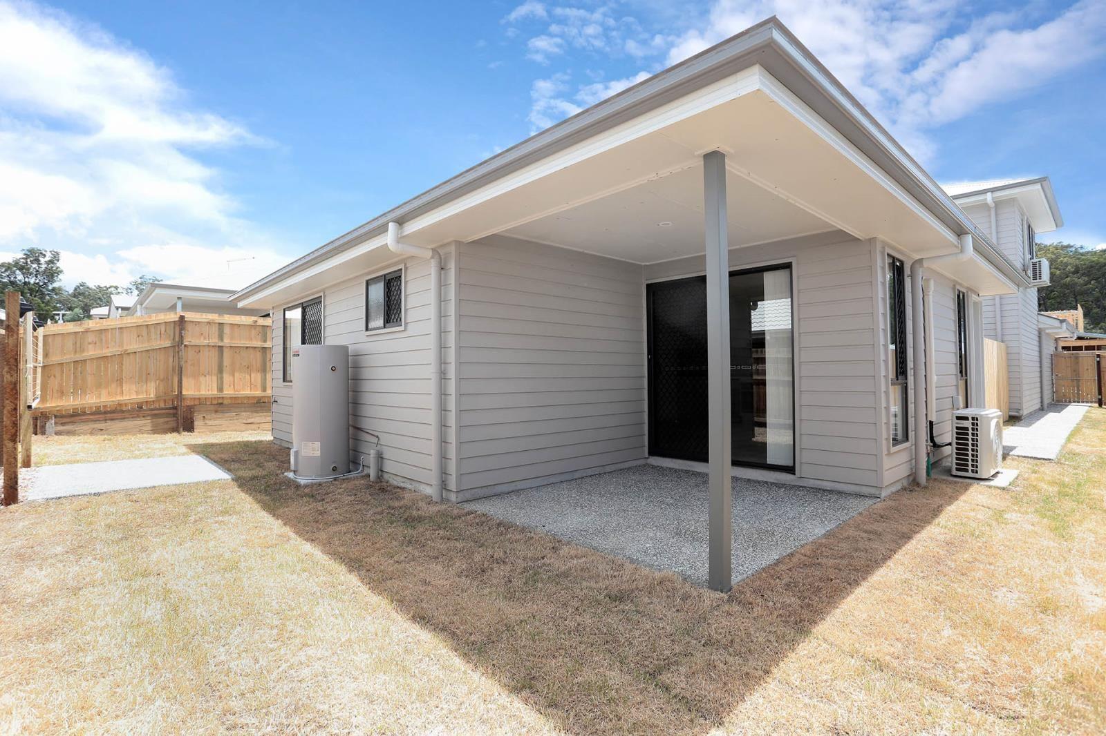 2/34 Dalby Street, Holmview QLD 4207, Image 2