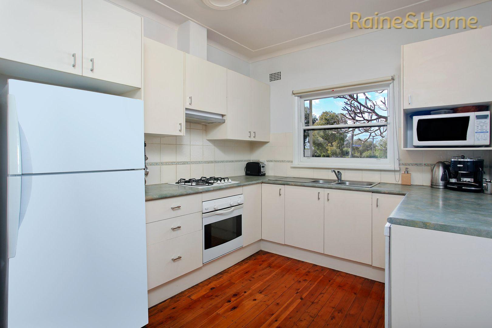 44 Lennox Street, Old Toongabbie NSW 2146, Image 2