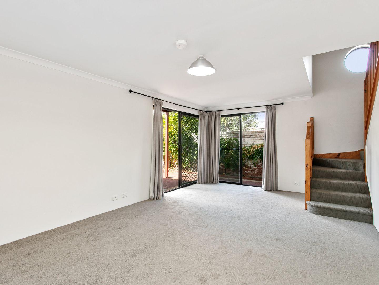 15 Primrose Street, Perth WA 6000, Image 2