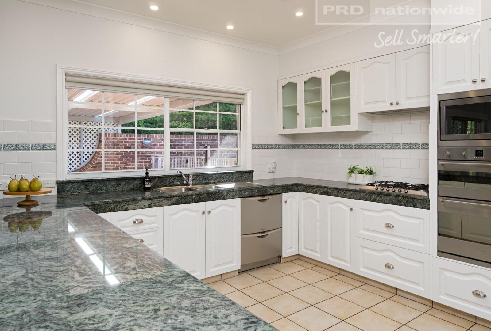 2 Loru Close, Kooringal NSW 2650, Image 1