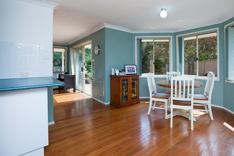 28 Outram Place, Currans Hill NSW 2567, Image 0