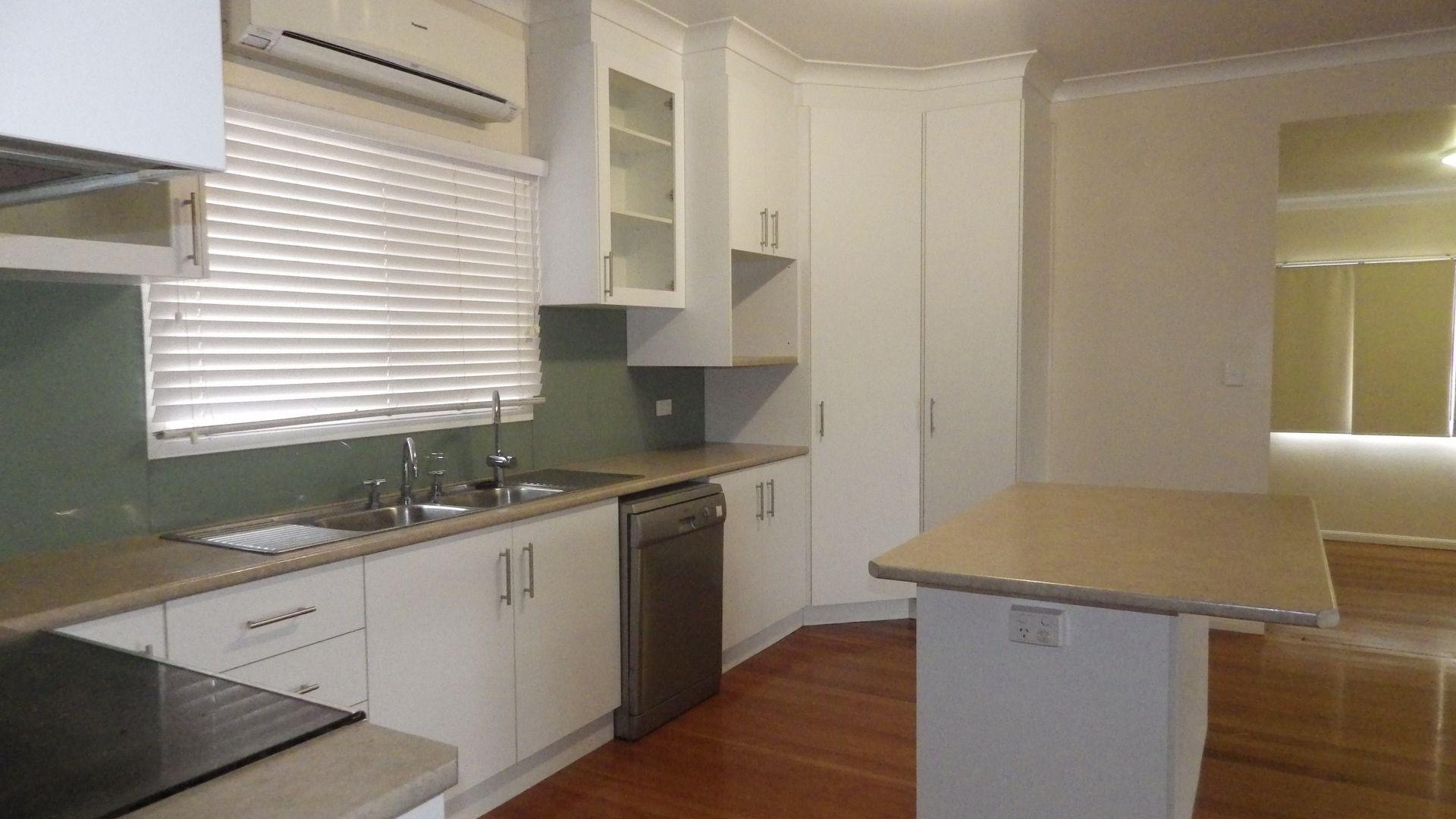 2 Burke Street, Yuleba QLD 4427, Image 2