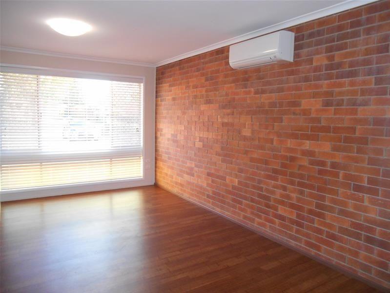 2/103 Alderley Street, Rangeville QLD 4350, Image 2