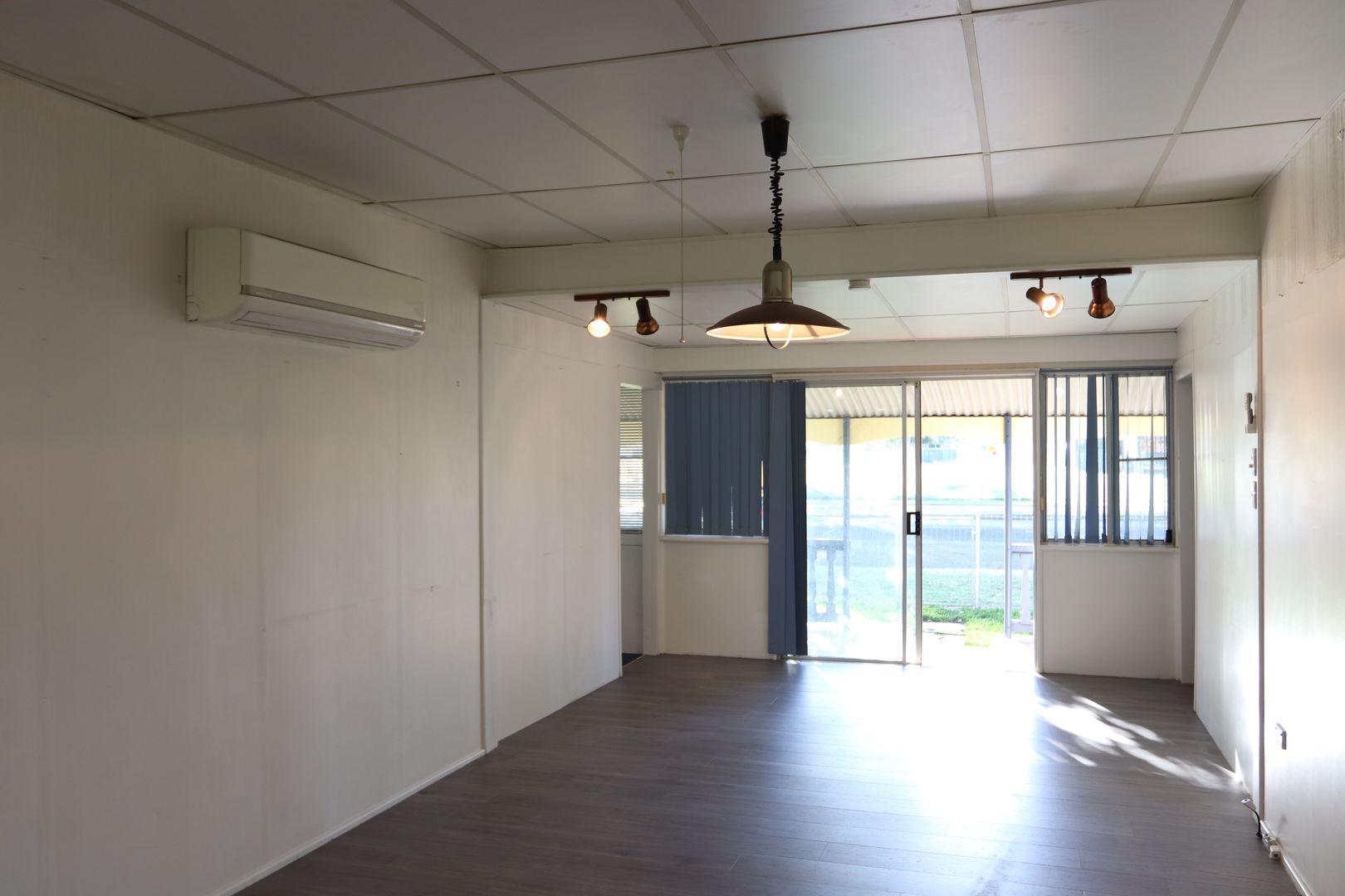 60 Parry Street, Charleville QLD 4470, Image 2