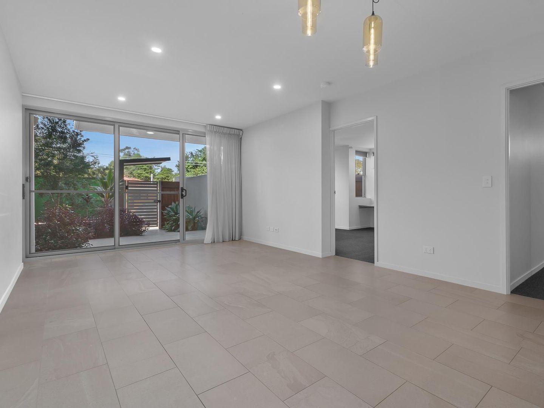 1/15 Roseglen Street, Greenslopes QLD 4120, Image 2