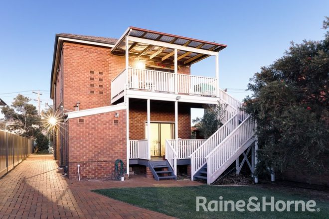 Picture of 122 Hanbury Street, MAYFIELD NSW 2304