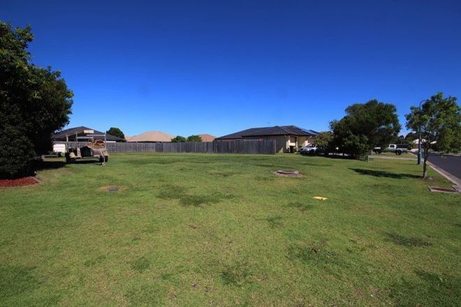 Picture of 16 Dewdrop  Place, NINGI QLD 4511