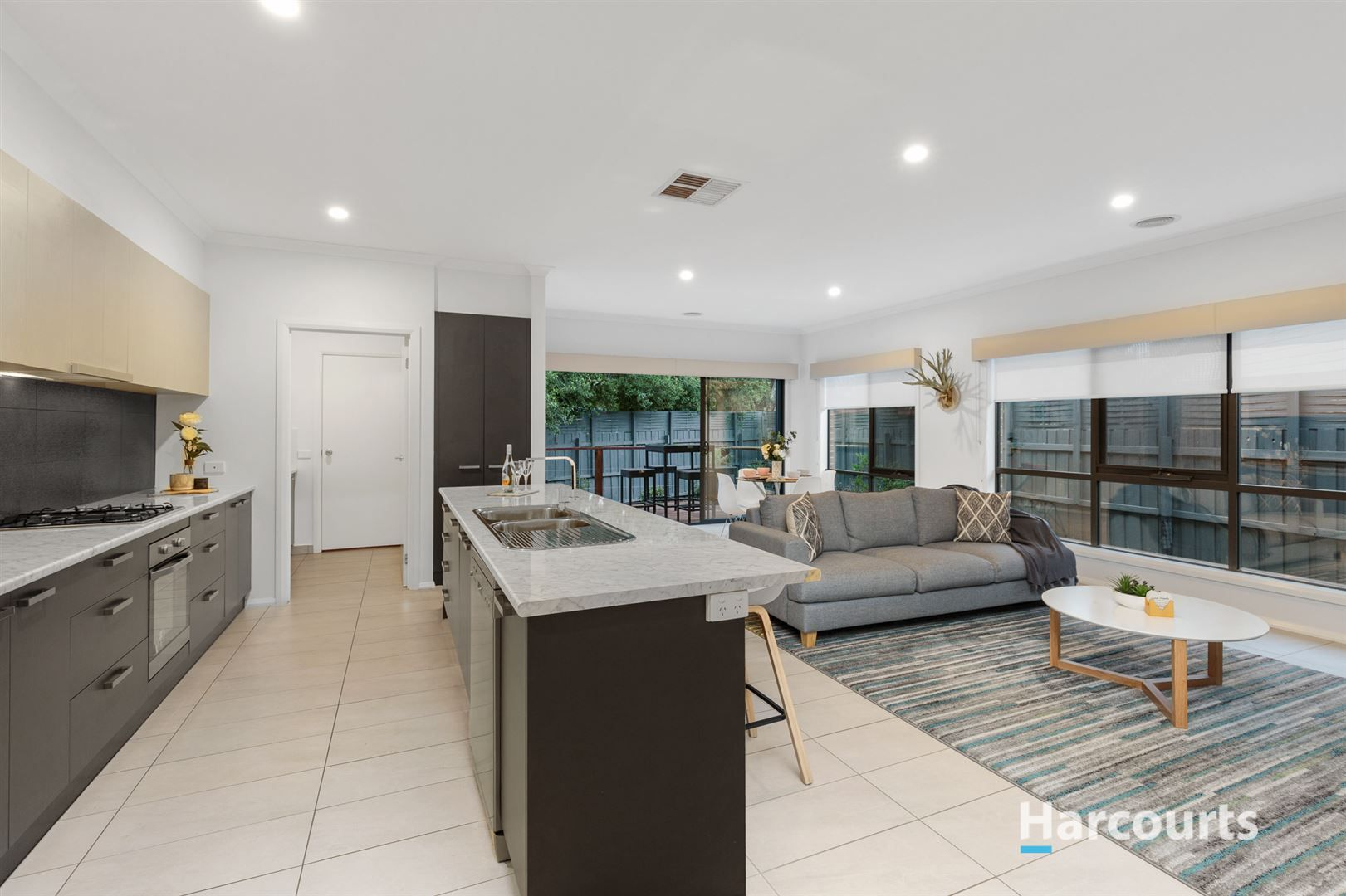 17 Tanglewood Road, Rowville VIC 3178, Image 1
