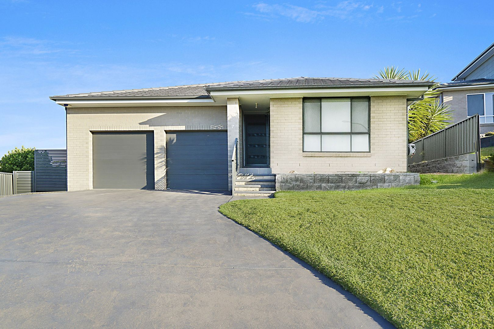 7 Kimberley Place, Macquarie Hills NSW 2285, Image 1