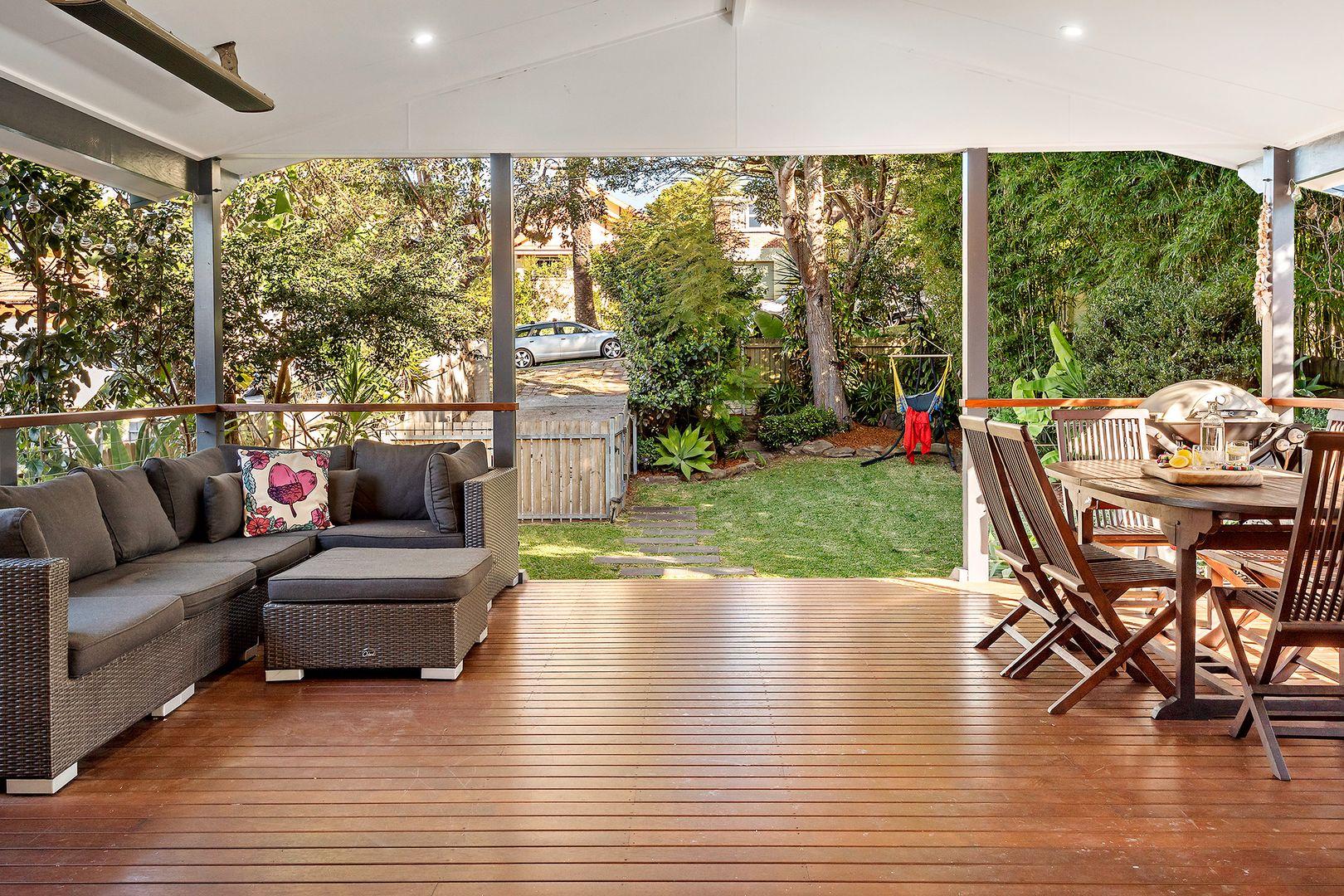16 Macmillan Street, Seaforth NSW 2092, Image 2