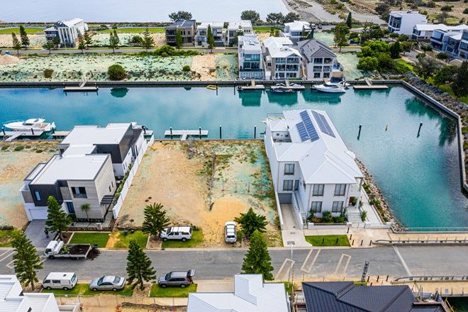 Picture of 4 Othello Quays, NORTH COOGEE WA 6163