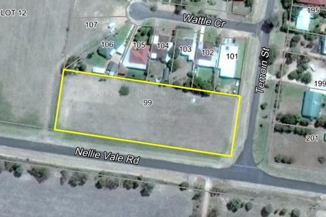 Picture of 99 Wattle Crescent, NARROMINE NSW 2821