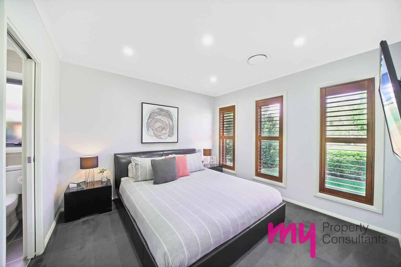 4 Tulloch Grove, Gledswood Hills NSW 2557, Image 1