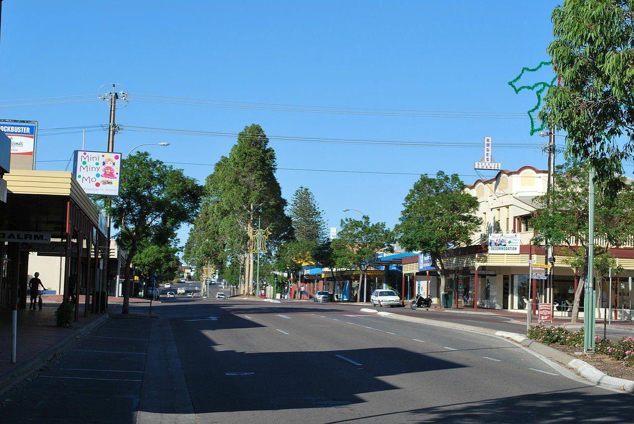 110 Hindmarsh Road, Murray Bridge SA 5253, Image 2