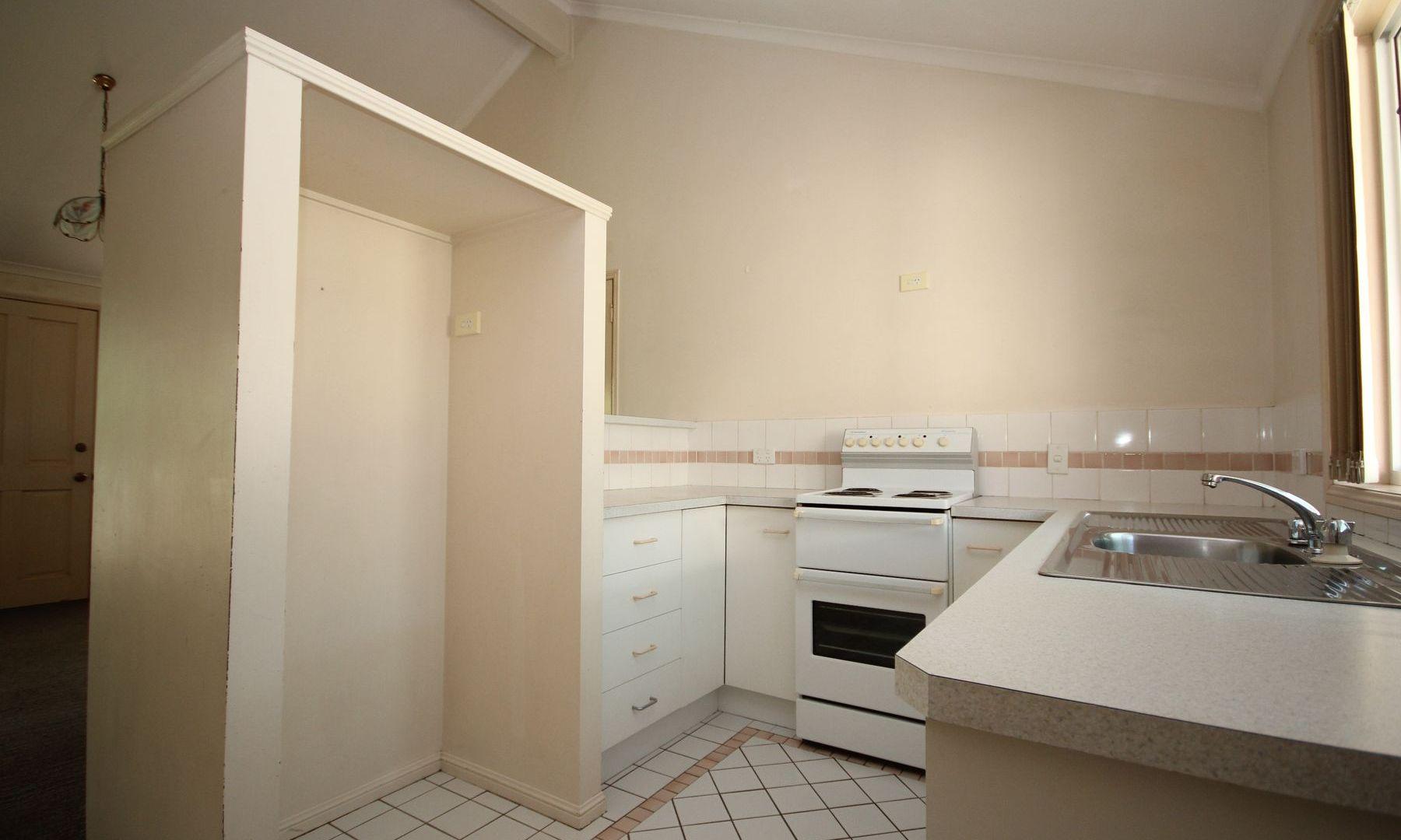 1/13 T J Ryan Avenue, Collingwood Park QLD 4301, Image 2