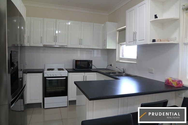 11 Kendall Street, Campbelltown NSW 2560, Image 2