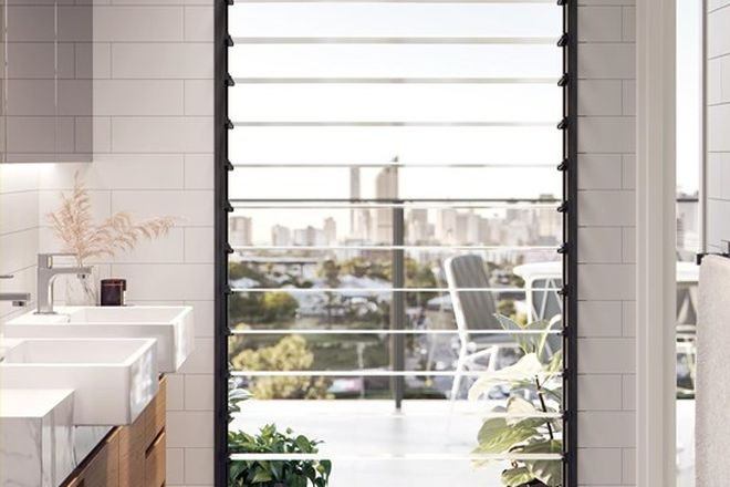 Picture of 11/5-9 Flora Street, GREENSLOPES QLD 4120