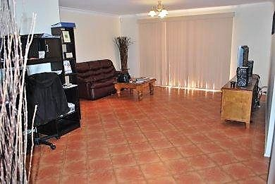 4 Bargo Place, Prestons NSW 2170, Image 1