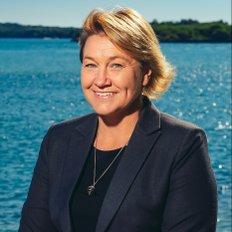 Natalie Piper, Sales representative