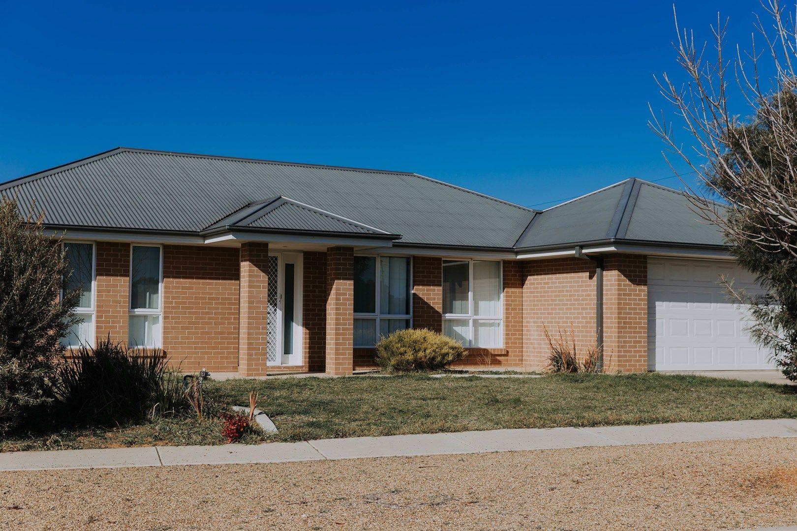 4/75 Barrima Dr, Glenfield Park NSW 2650, Image 0