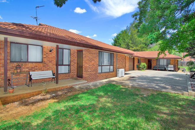 2/9 Napier Court, ARMIDALE NSW 2350