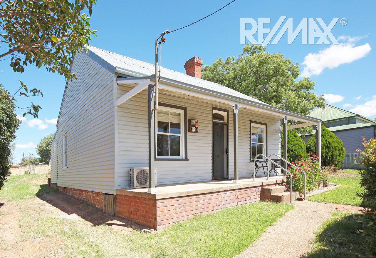 34 Kemp Street, Junee NSW 2663, Image 1