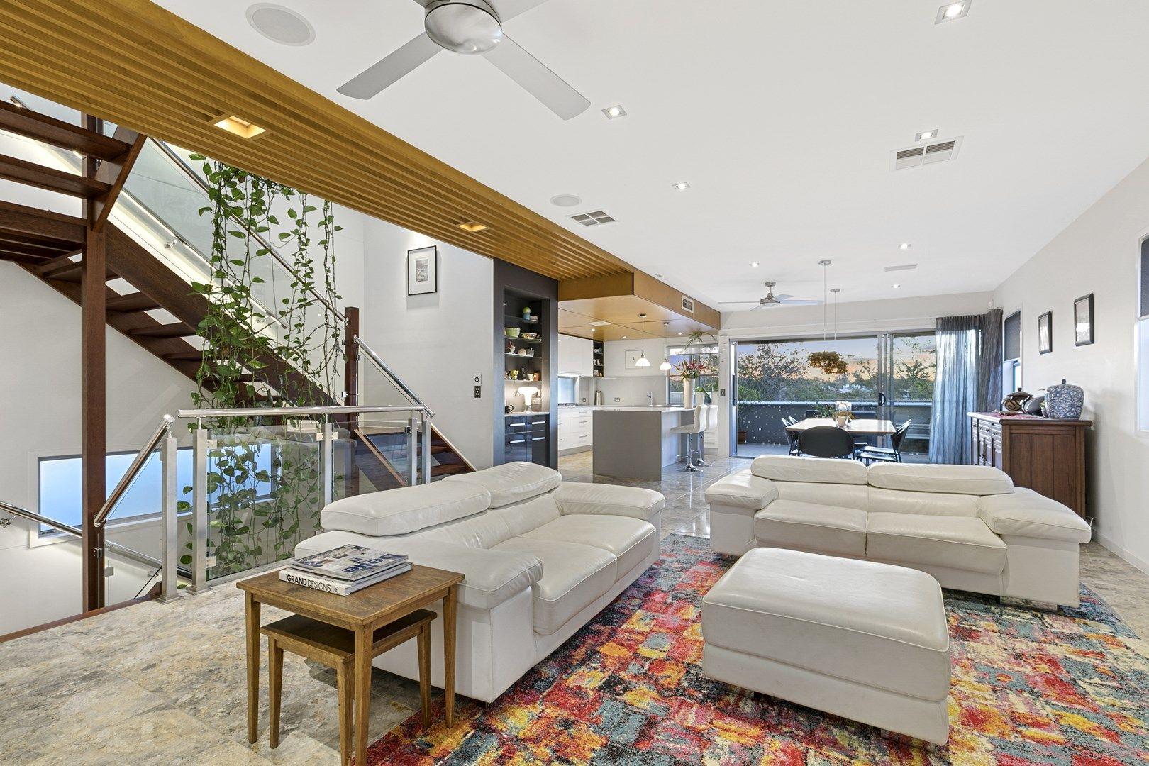 94 Ellington Street, Tarragindi QLD 4121, Image 2