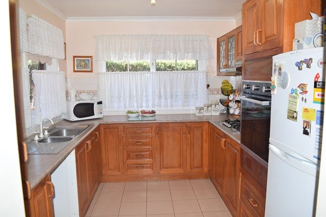 Picture of 1/1-5 Johnstone Street, THORPDALE VIC 3835