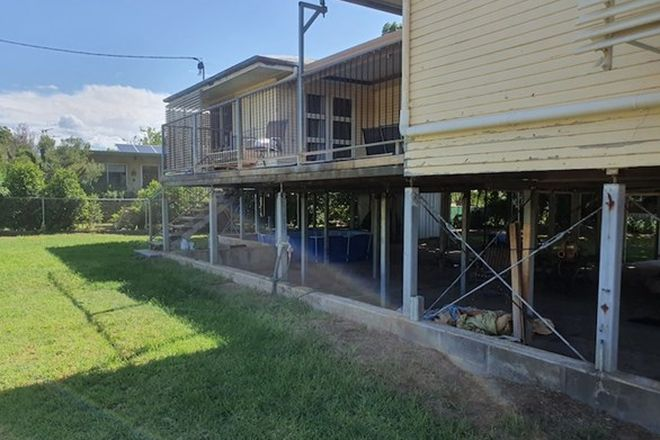 Picture of 2 Gidyea Street, BLACKALL QLD 4472